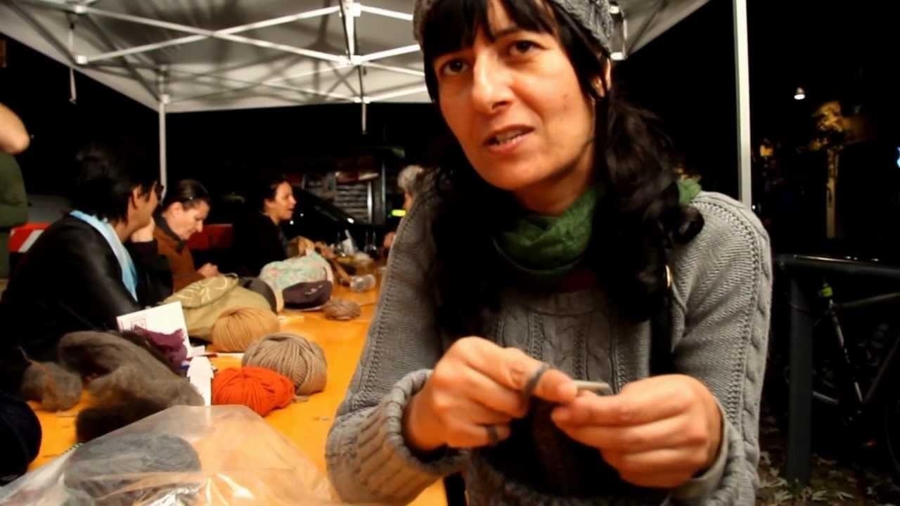 Knitting Solidale alla Notte dei Senza Dimora 2012 [Milano]