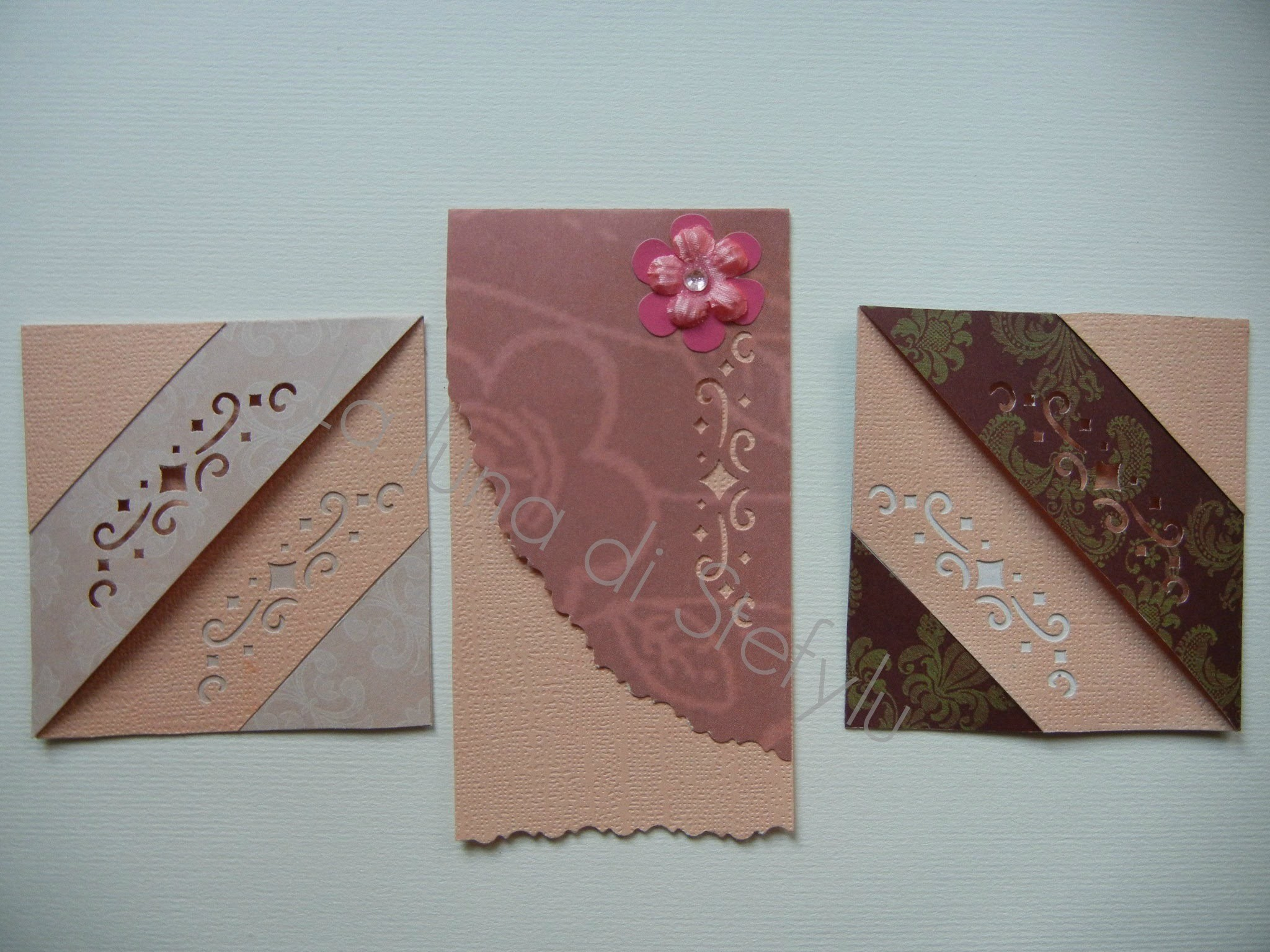 Segnalibri e un minitutorial per quello in origami (bookmark with origami)