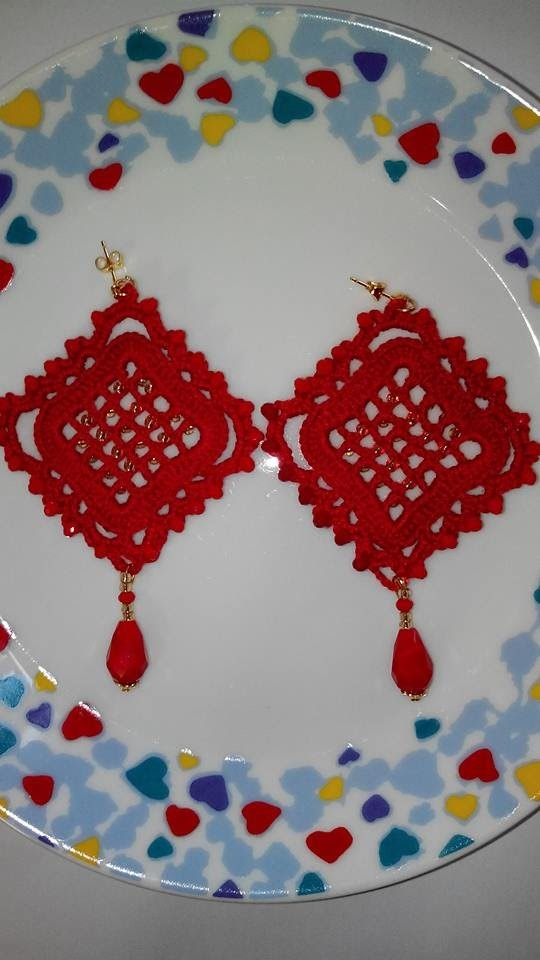 "Orecchini uncinetto Rossi"" ROMBOIDALI""-Crochet Red ""DIAMOND""earrings"