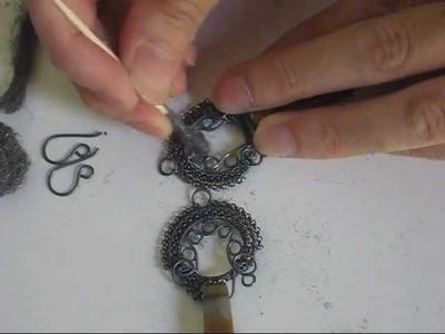 Creare Una Patina Chiaroscura Sul Metallo Nella Tecnica Wire