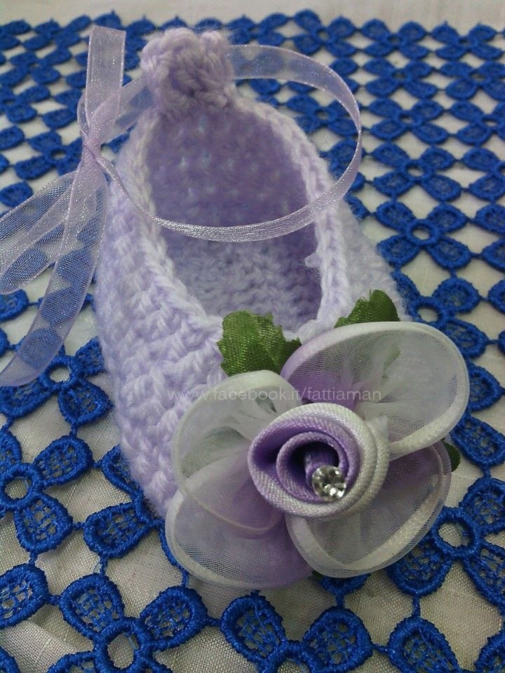 Come realizzare una scarpetta neonato - How to make a baby shoe