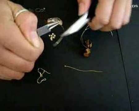Creare orecchini in argento - lezione 7 - Beads&Co