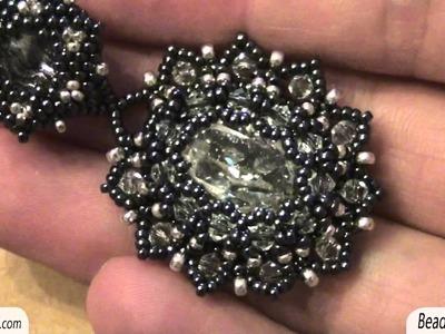 Sarubbest: Orecchini con perline: cabochon Swarovski incastonato con perline e bicono