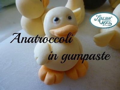 Decorazioni per torte: anatroccoli in pasta di zucchero (gumpaste ducks) by ItalianCakes