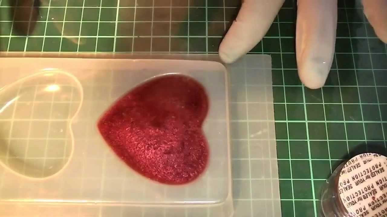 Tutorial come  usare la resina per creare gioielli e bigiotteria (prima parte)
