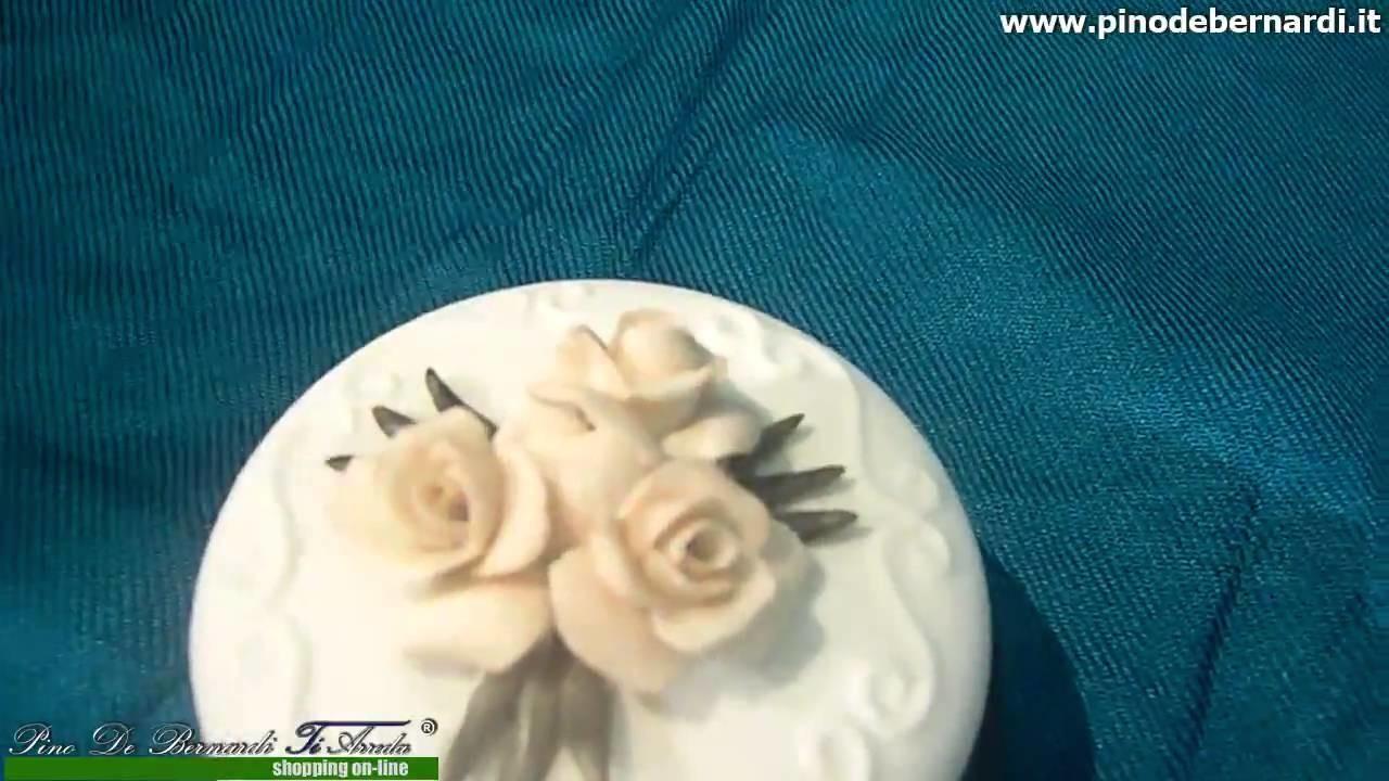 Oggettistica in ceramica.porcellana - scatolina con basamento in legno - Prodotto venduto