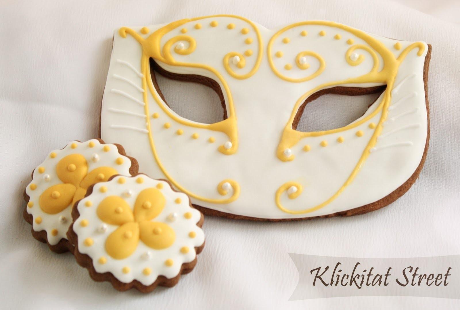 Biscotti maschere carnevale  , masquerade cookies
