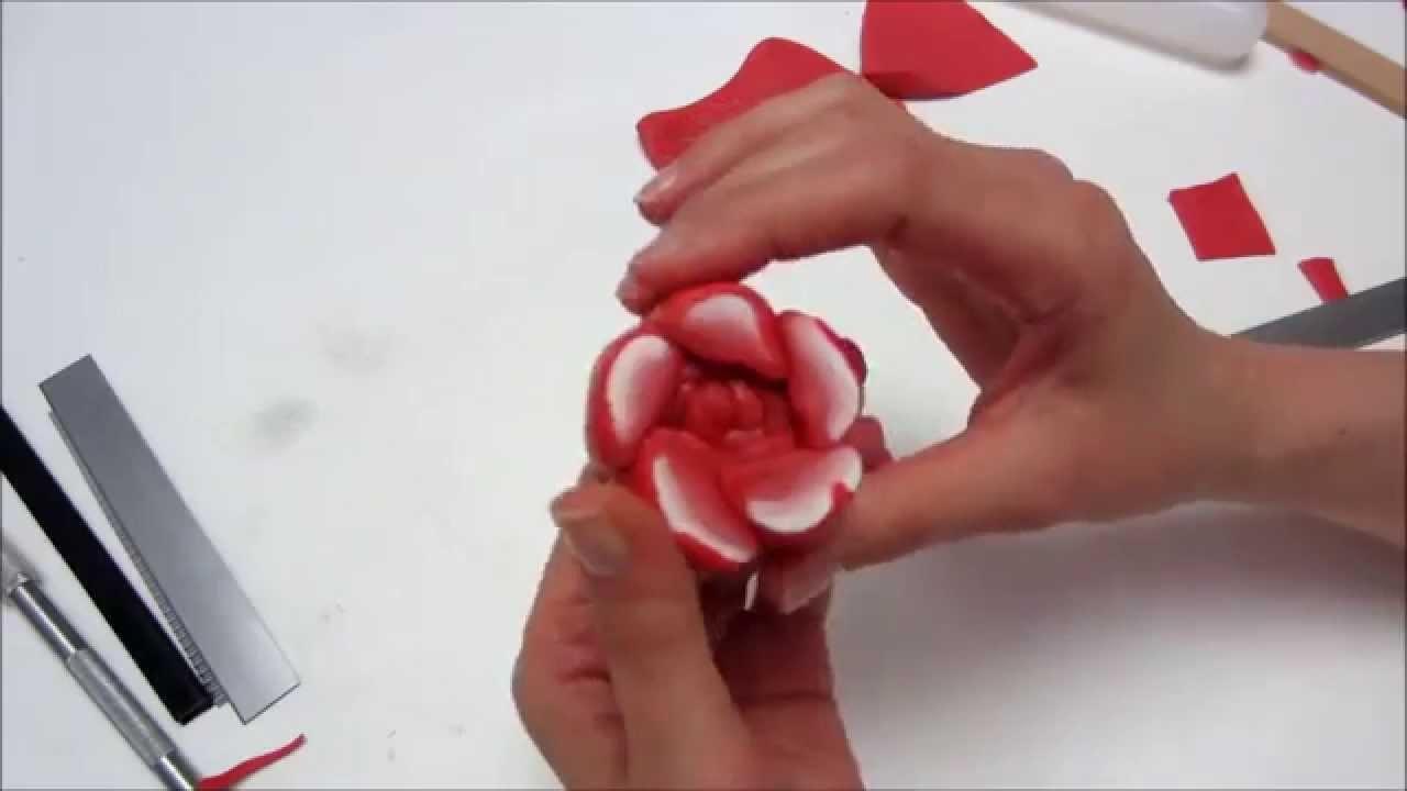 Realizzare una rosa con la tecnica delle canes (murrine)