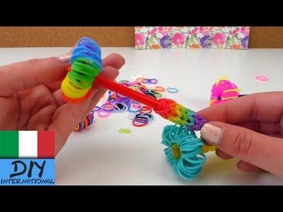 Decorazione fai da te con elastici colorati per penne (decorazione penne elastici colorati)