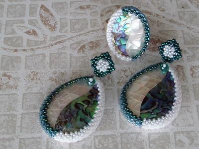 Creazioni in tessitura: Embroidery e Peyote.