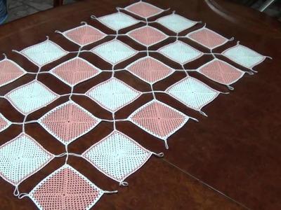 Centro tavola semplice ad uncinetto