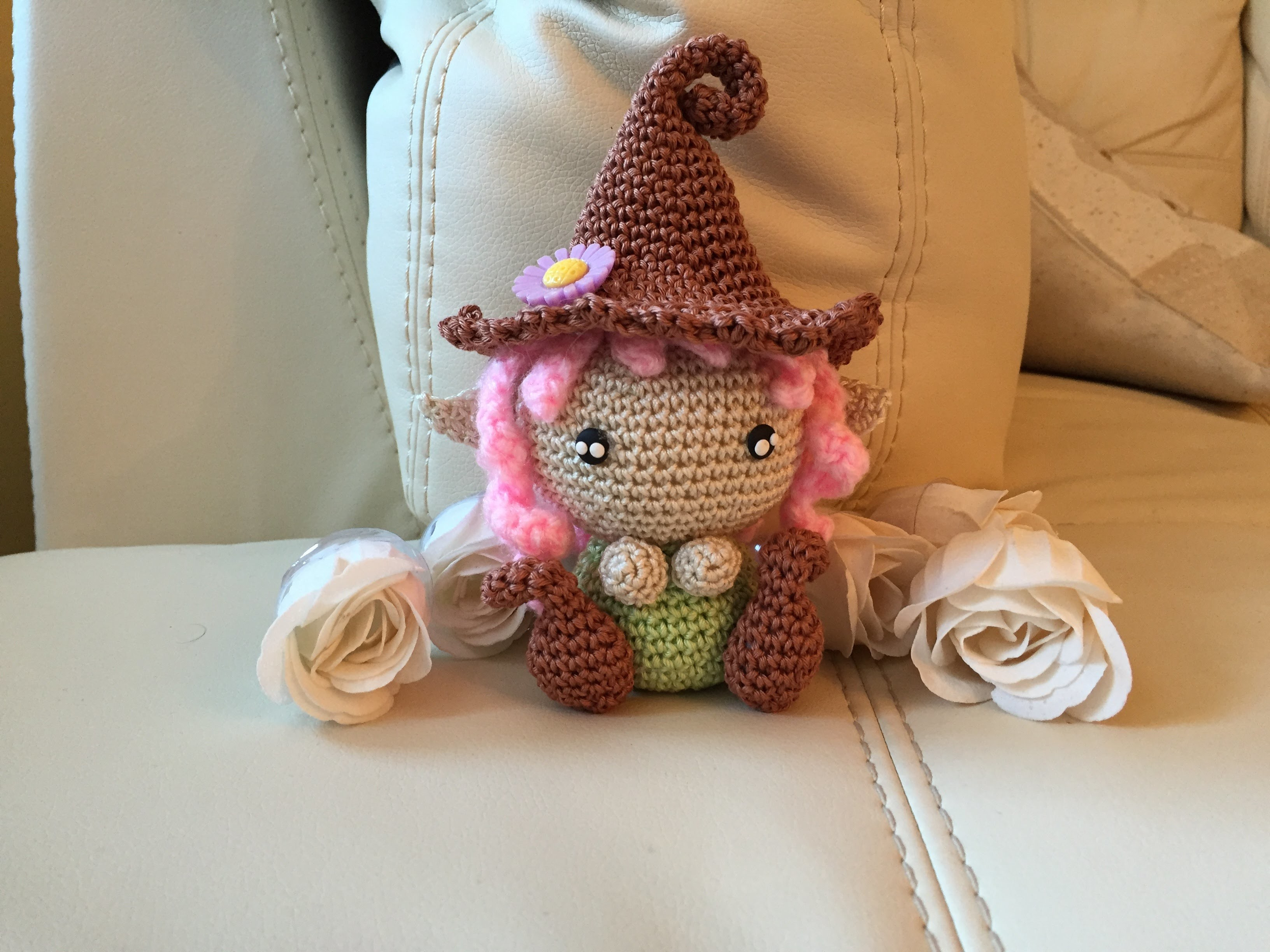 Folletto gnomo Amigurumi tutorial-schema.How to crochet elf Amigurumi