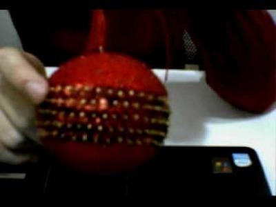 Tutorial pallina di Natale con perline e paillettes