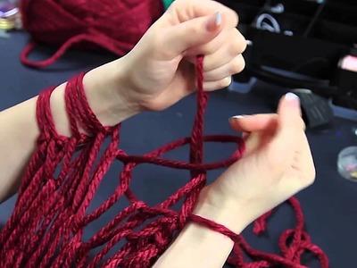 Creare una sciarpa in 30 minuti (a mani nude) versione 2 parte 2