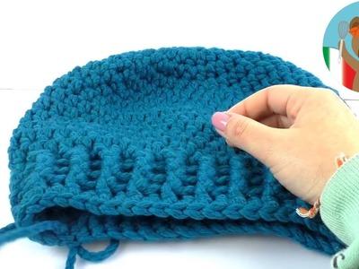 Cucire all'uncinetto berretti invernali