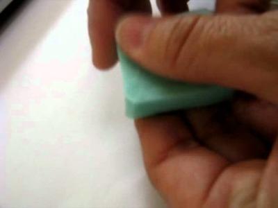 Come usare gli stampini flessibili a colata per fimo resina e paste polimeriche by www.alchemian.com