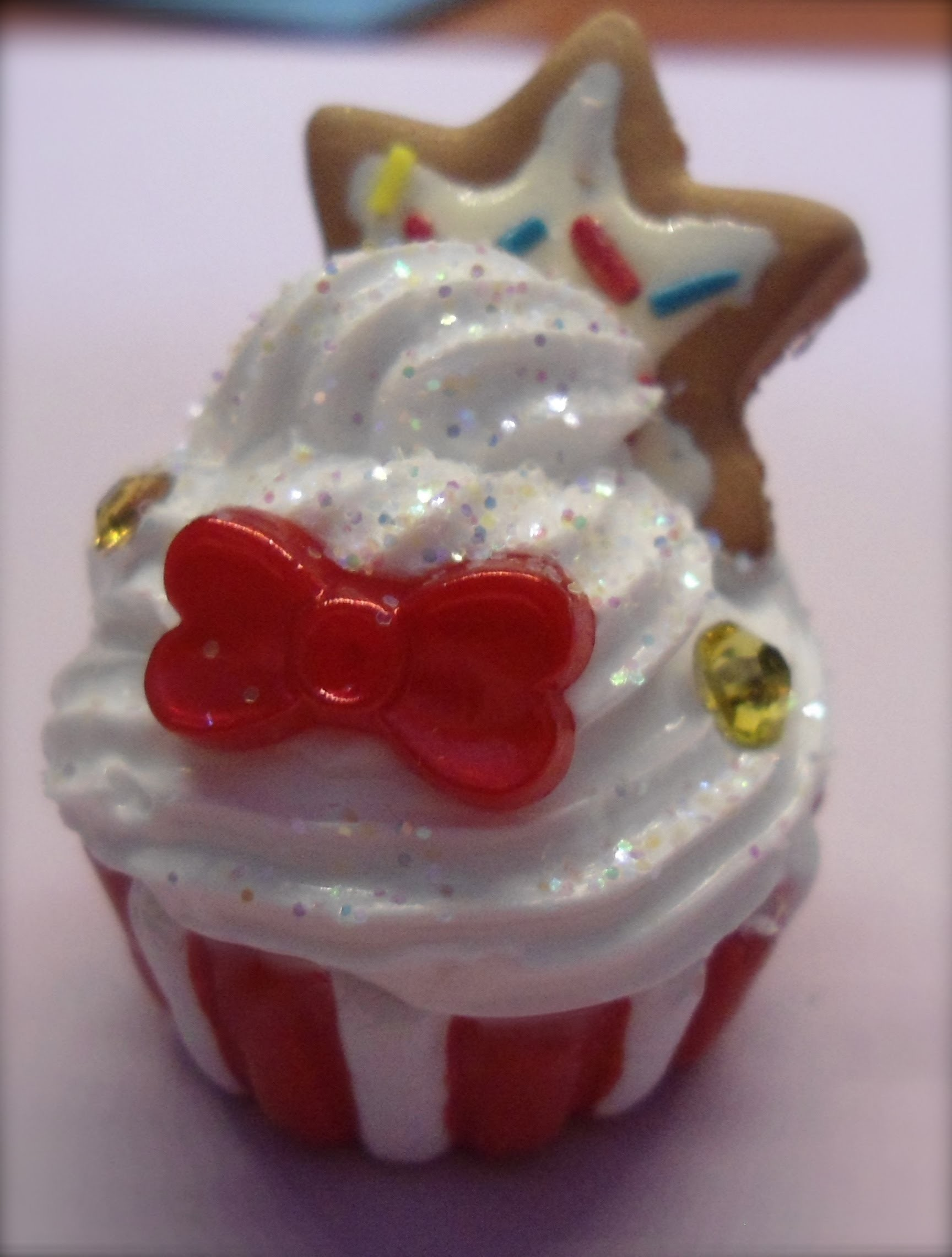 DIY: Polymer clay Tutorial cupcake natalizio!.christmas cupcake!
