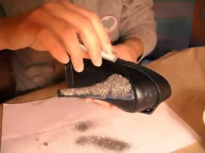 DIY: GLITTER SHOES FOR CHRISTMAS.wmv
