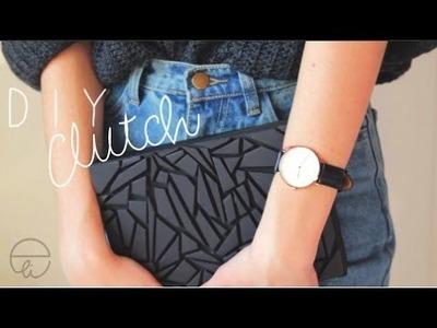 DIY: Clutch in cartone
