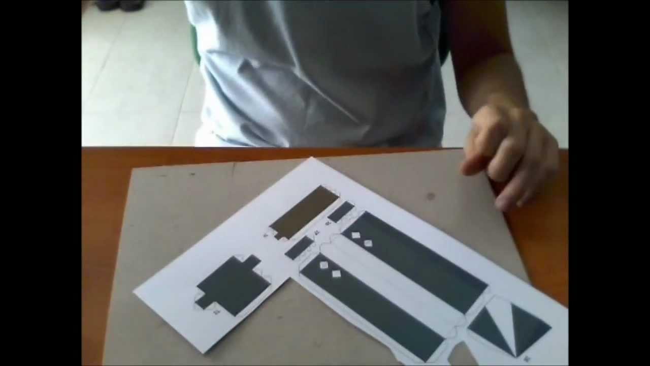 TUTORIAL - Come realizzare un Papercraft (Zack di Final Fantasy VII)