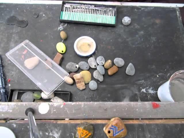 Diamon Engraving and drilling a stone with mini drill - Dremel Bruno De Francesco Art
