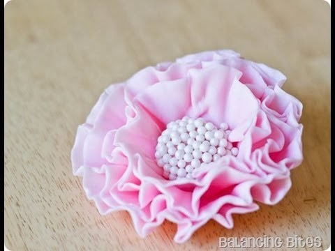 Tutorial ,Rose arruffate ,How to make  a ruffled  fondant  or gum paste flowers