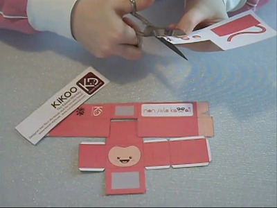 How to build Kikoo Kawaii Monkey Paper Toy. Come costruire Kikoo Kawaii Monkey Paper Toy
