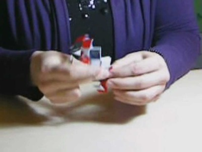 Paper bracelet -bracciale realizzato con la carta