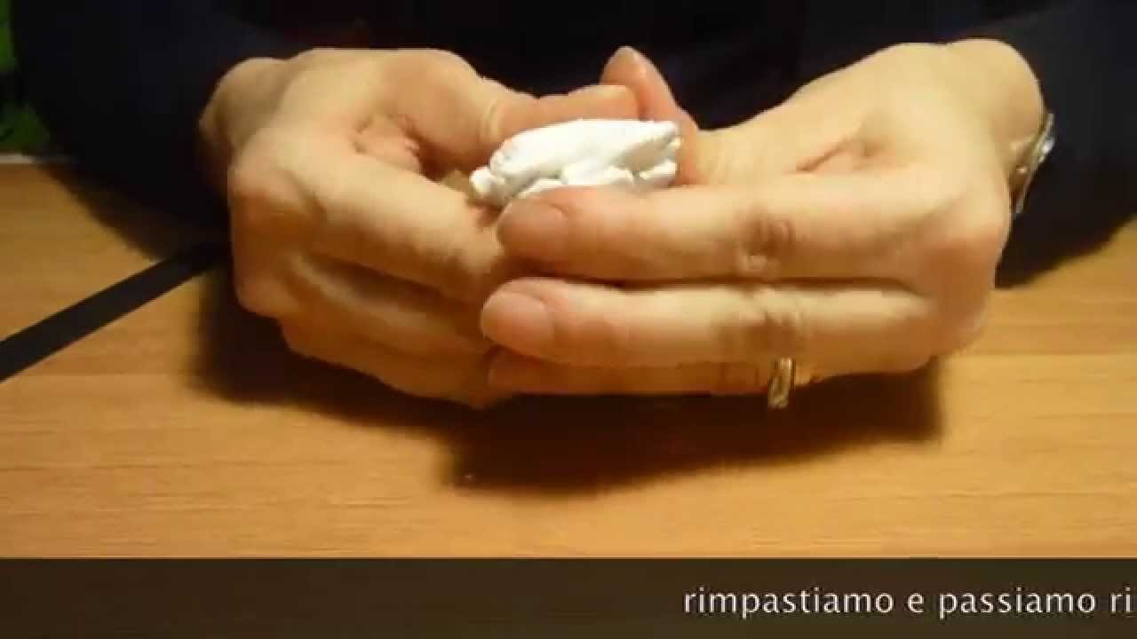 Polymer clay tutorial condizionare la pasta.condition clay