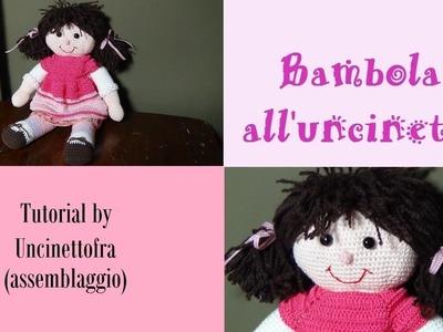 Bambola all'uncinetto tutorial (assemblaggio finale)