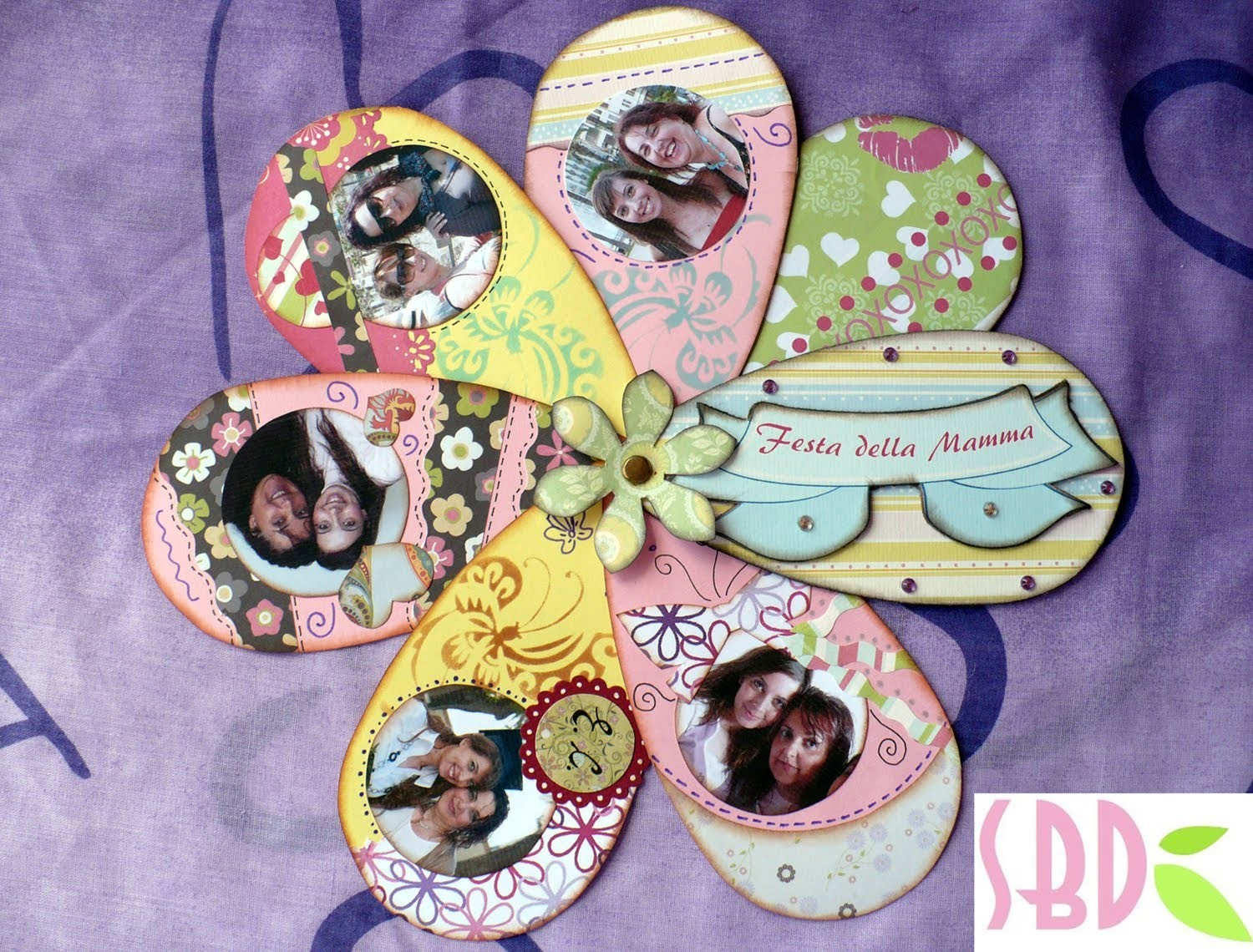 Tutorial Scrap: Album Fiore (Festa della Mamma) - Flower Album Mother's day