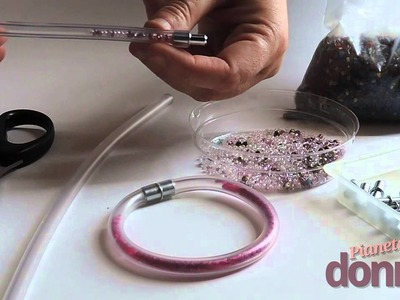 Come fare dei braccialetti di gomma
