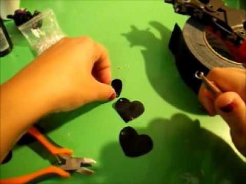 Tutorial : Orecchini con ciondoli di nastro adesivo e plastica :)