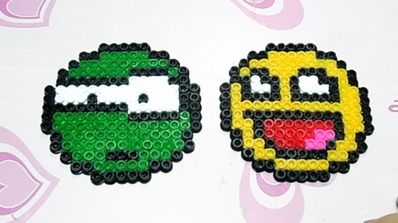 Due Faccine Emoticon con Hama Beads.Pyssla Tutorial |Perler Bead  Emoji Series Episode #3