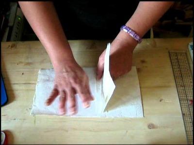 Come creare una base per un Mini in carta di Banano.