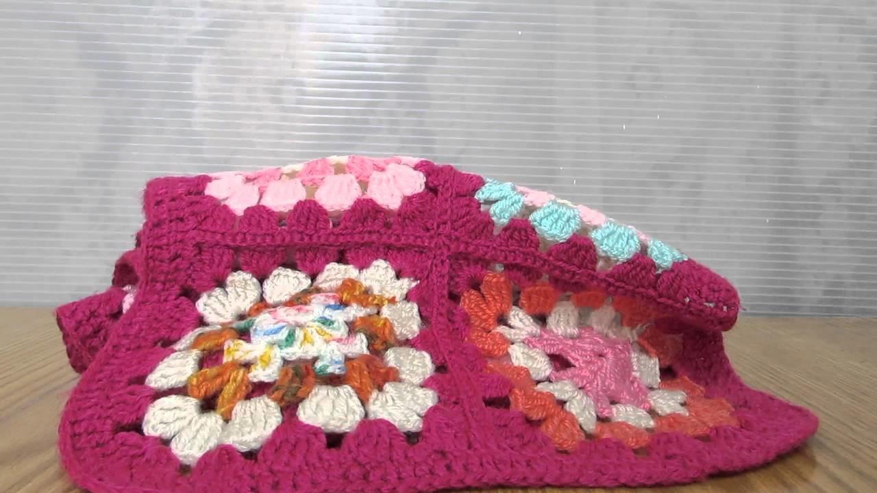 Sciarpa in lana alta qualità, realizzata a uncinetto e patchwork.