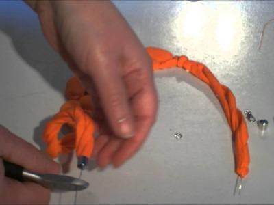 Tutorial collana con collant e sassi 2° parte