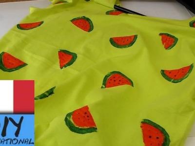 DIY top tagliato - DIY Idee per una maglietta contro la noia Maglietta estiva tagliata