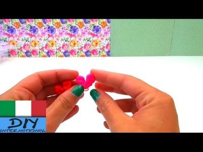 Cuori con elastici loom tedesco istruzioni cuori con ago uncinetto. cuoricini elastici colorati