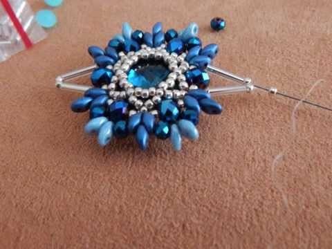 "Ciondolo ""Blu Iris"" in tessitura di perline #pendant #beads #beadwork #handmade #bijoux"