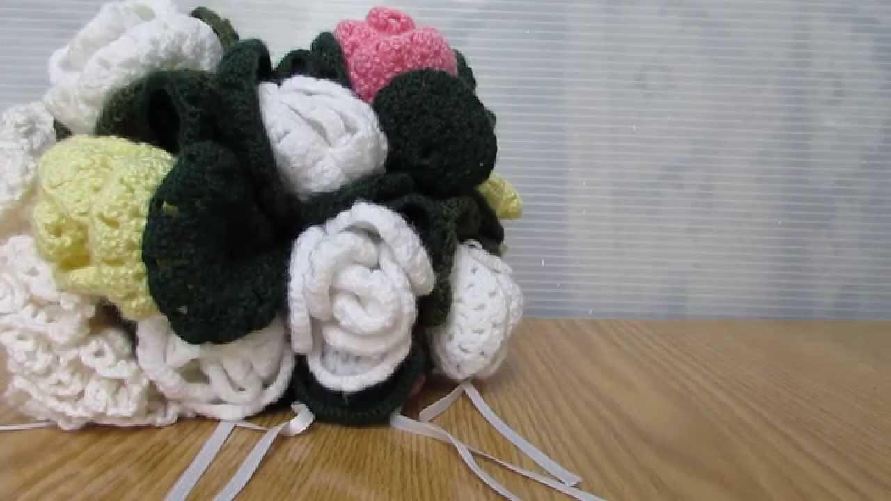 Bouquet realizzato a uncinetto. Coccinelle creative, official video.
