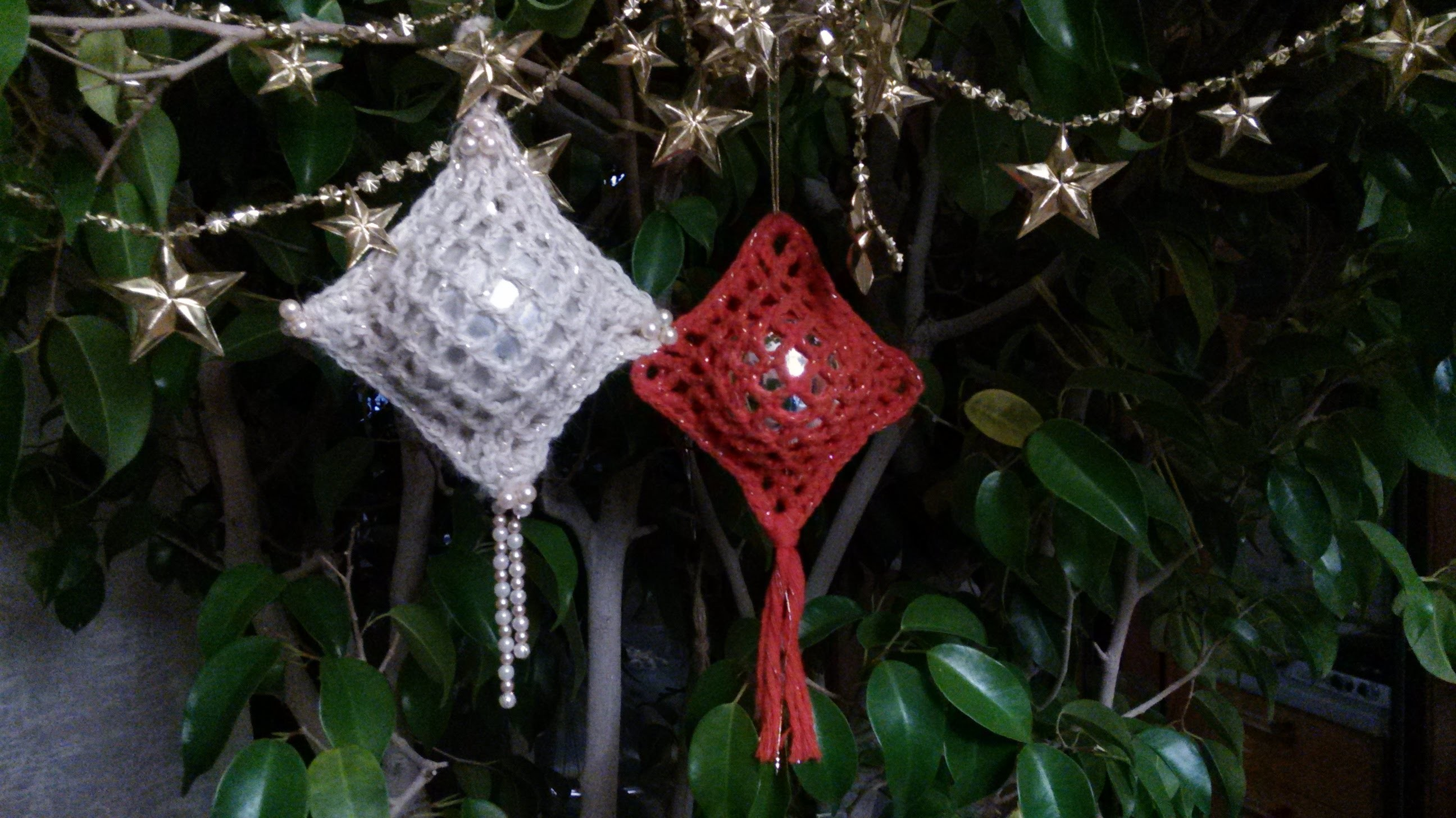 Palla di natale ricoperta all'uncinetto (crochet christmas ball)