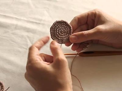 Anello magico, lavorazione a spirale all'uncinetto e aumenti invisibili