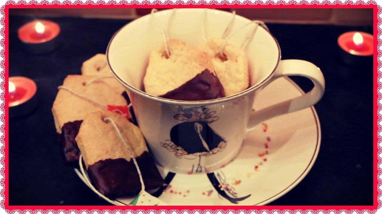 Tea Bag Biscuits  |24 Day's of Christmas {Day 12} - Bacidisapori