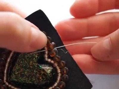 "Tutorial - ciondolo ""Cuore"" al bead embroidery con Preciosa Pellet"