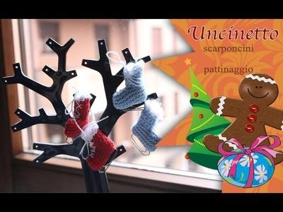 Uncinetto Natale: Scarponcini per pattinaggio da appendere