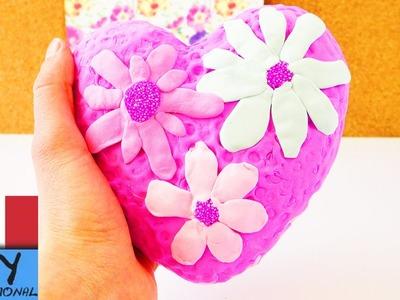 Fai da te decorazione di un cuore primaverile con pongo di nuvole e plastilina di seta