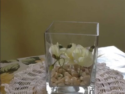 Come creare un centrotavola floreale sommerso.How to make Underwater flower centerpiece