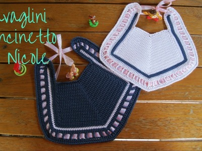 Bavaglino all'uncinetto. Crochet baby bib