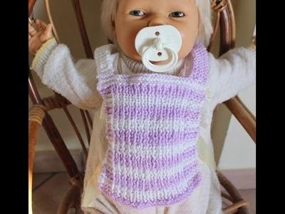 Bavaglino ai ferri per neonato. PRINCIPIANTI. (Set bebè 3.3)
